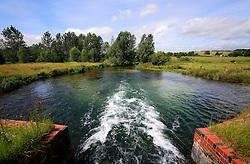 UK ENGLAND WILTSHIRE 26JUN08 - Sluice at the river Kennet near Stichcoombe in rural Wiltshire, western England...jre/Photo by Jiri Rezac / WWF UK..© Jiri Rezac 2008..Contact: +44 (0) 7050 110 417.Mobile:  +44 (0) 7801 337 683.Office:  +44 (0) 20 8968 9635..Email:   jiri@jirirezac.com.Web:     www.jirirezac.com..© All images Jiri Rezac 2008 - All rights reserved.