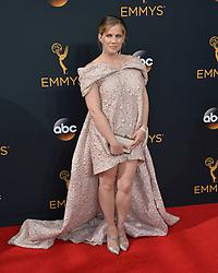 Anna Chlumsky bei der Verleihung der 68. Primetime Emmy Awards in Los Angeles / 180916<br /> <br /> *** 68th Primetime Emmy Awards in Los Angeles, California on September 18th, 2016***