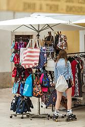 THEMENBILD - Kleidung bei einem Verkaufsstand, aufgenommen am 28. Juni 2018 in Fazana, Kroatien // Clothes at a shop, Fazana, Croatia on 2018/06/28. EXPA Pictures © 2018, PhotoCredit: EXPA/ JFK