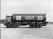 New Shell Tanker at North Wall.20.04.1961