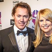 NLD/Hilversum/20160215 - Buma Awards 2016, Linda de Mol en partner Jeroen Rietbergen