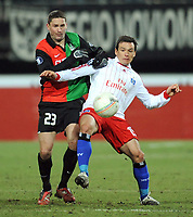 Fotball<br /> Tyskland<br /> Foto: Witters/Digitalsport<br /> NORWAY ONLY<br /> <br /> 18.02.2009<br /> <br /> v.l. Arek Radomski, Piotr Trochowski HSV<br /> UEFA-Cup Zwischenrunde NEC Nijmegen - Hamburger SV 0:3