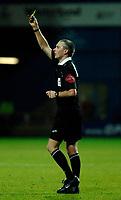 Photo: Daniel Hambury.<br />Queens Park Rangers v Cardiff City. Coca Cola Championship. 28/12/2005.<br />Referee Mick Thorpe.