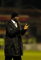 Photo: Leigh Quinnell.<br /> Hartlepool United v Swindon Town. Coca Cola League 1.<br /> 02/01/2006. Swindon boss Iffy Onuora thanks the travelling fans.