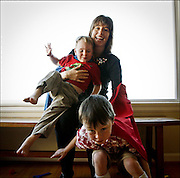 MEARA CLARK (CQ) AND HER SONS; FOR GENF ISSUE 050907<br /> <br /> Meara Clark (CQ) at home with her sons Max (CQ), 2, above, and Sam (CQ), 4.