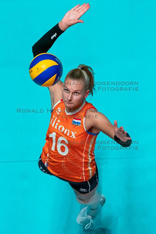 29-05-2019 NED: Volleyball Nations League Netherlands - Bulgaria, Apeldoorn<br /> Indy Baijens #16 of Netherlands