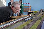 Zabawy dużych chłopców - wielka makieta kolejowa