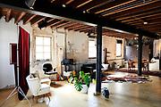 Fotostudio voor portretfotografie in Den Haag van Sjoerd van der Hucht Fotografie. |Photo studio for portrait photography in The Hague by Sjoerd van der Hucht Photography.