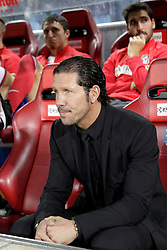 27.10.2013, Estadio Vicente Calderon, Madrid, ESP, Primera Division, Atletico Madrid vs Real Betis, 10. Runde, im Bild Atletico de Madrid's coach Diego Simeone // Atletico de Madrid's coach Diego Simeone during the Spanish Primera Division 10th round match between Club Atletico de Madrid and Real Betis at the Estadio Vicente Calderon in Madrid, Spain on 2013/10/28. EXPA Pictures © 2013, PhotoCredit: EXPA/ Alterphotos/ Victor Blanco<br /> <br /> *****ATTENTION - OUT of ESP, SUI*****