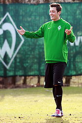 17.03.2010, Weserstadion, Bremen, GER, UEFA Europa League, Abschlusstraining Werder Bremen, im Bild Mesut Özil (Oezil GER Werder #11). EXPA Pictures © 2010, PhotoCredit: EXPA/ nph/  Arend