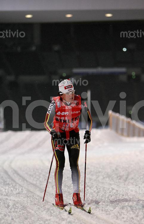 Sapporo , 210207 , Nordische Ski Weltmeisterschaft  Erster Trainingstag im Sapporo - Dome , Manuela HENKEL (GER)