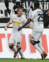Fotball<br /> Tyskland<br /> 02.10.2010<br /> Foto: Witters/Digitalsport<br /> NORWAY ONLY<br /> <br /> Jubel 1:1 v.l. Thorben Marx, Mohamadou Idrissou (Gladbach)<br /> Bundesliga, Borussia Mönchengladbach - VfL Wolfsburg 1:1