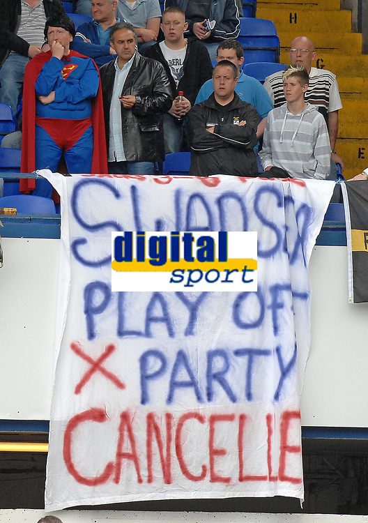 Photo: Ashley Pickering.<br /> Ipswich Town v Cardiff City. Coca Cola Championship. 06/05/2007.<br /> Cardiff fans display a banner about Swansea's play-off party