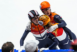 12-01-2019 NED: ISU European Short Track Championships 2019 day 2, Dordrecht<br /> Rianne de Vries, Yara van Kerkhof #12 NED, Suzanne Schulting #24 NED
