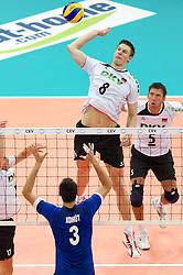 11.09.2011, O2 Arena, Prag, CZE, Europameisterschaft Volleyball Maenner, Vorrunde D, Deutschland (GER) vs Slowakei (SVK), im Bild Emanuel Kohut (#3 SVK) - Marcus Böhme/Boehme (#8 GER / Friedrichshafen GER) // during the 2011 CEV European Championship, Germany vs Slovakia at O2 Arena, Prague, 2011-09-11. EXPA Pictures © 2011, PhotoCredit: EXPA/ nph/  Kurth       ****** out of GER / CRO  / BEL ******