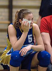 19-05-2005 BASKETBAL: BINNENLAND - CAPE HOLLAND: BARENDRECHT<br /> Door winst op Cape Holland (94-87) trekt Binnenland de stand gelijk 1-1 in de finale van de playoffs / Rebecca Maessen<br /> ©2005-WWW.FOTOHOOGENDOORN.NL