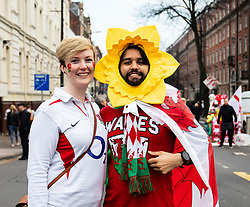 An England and Wales fan together before the match<br /> <br /> Photographer Simon King/Replay Images<br /> <br /> Six Nations Round 3 - Wales v England - Saturday 23rd February 2019 - Principality Stadium - Cardiff<br /> <br /> World Copyright © Replay Images . All rights reserved. info@replayimages.co.uk - http://replayimages.co.uk