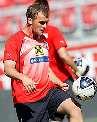 09.08.2011, Wörthersee-Arena, Klagenfurt, AUT, OEFB Training, im Bild Erwin Hoffer (AUT) // during a Trainingssession of the Nationalteam from Austria, W?rthersee Arena, Klagenfurt, 2010-08-09 , EXPA Pictures © 2011, PhotoCredit: EXPA/ O. Hoeher