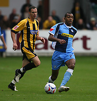 Photo: Pete Lorence.<br />Boston United v Wycombe Wanderers. Coca Cola League 2. 28/10/2006.<br />Wycombe's Kevin Betsy charges down the wing.