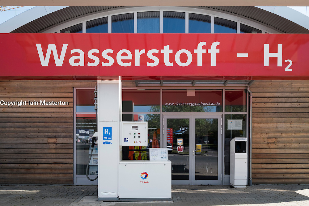 Wasserstoff Hydrogen fuel filling station by Total in Berlin Germany