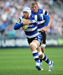 Dave Attwood of Bath Rugby goes on the attack - Photo mandatory by-line: Patrick Khachfe/JMP - Mobile: 07966 386802 13/09/2014 - SPORT - RUGBY UNION - Bath - The Recreation Ground - Bath Rugby v London Welsh - Aviva Premiership