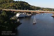 24: HUDSON RIVER CRUISE SHIP