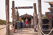 the beach pavilion Aloha Beach near Vrouwenpolder on the peninsula Walcheren, Zeeland, Netherlands.<br /> <br /> der Strandpavillon Aloha Beach bei Vrouwenpolder auf Walcheren, Zeeland, Niederlande.