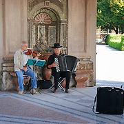 Street musicians in Pavilion for the goddess Diana (Dianatempel) in Court Garden (Hofgarten) in Munich