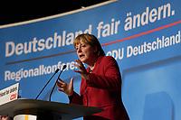 15 OCT 2003, BERLIN/GERMANY:<br /> Angela Merkel, CDU Bundesvorsitzende, waehrend ihrer Rede, CDU Regionalkonferenz zur Diskussion der  Ergebnisse der Herzog-Kommission, Hotel Estrell<br /> IMAGE: 20031015-04-024<br /> KEYWORDS: speech