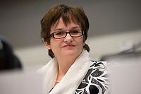 """26 MAR 2012, BERLIN/GERMANY:<br /> Sabine Lautenschlaeger, Vizepraesidentin Deutsche Bundesbank, Kongress der CDU/CSU-Bundestagsfraktion """"Krisen vorbeugen - Finanzaufsicht staerken"""", Sitzungssaal CDU/CSU-Bundestagsfraktion, Deutscher Bundestag<br /> IMAGE: 20120326-01-020<br /> KEYWORDS: Sabine Lautenschläger"""