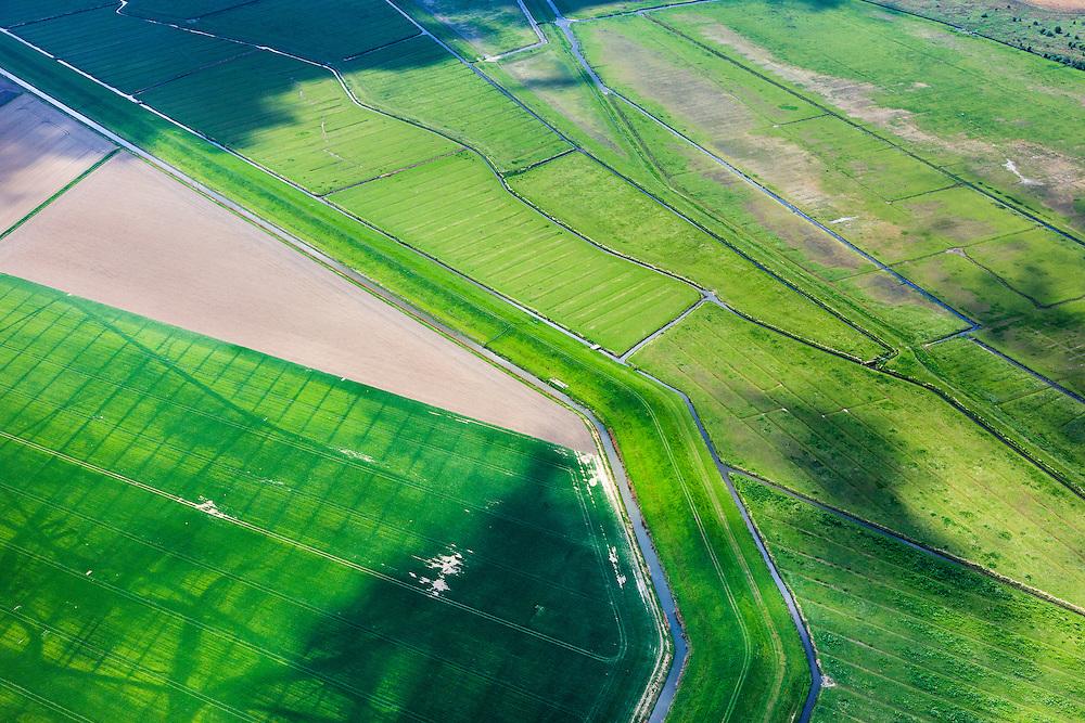 Nederland, Zuid-Holland, Hoeksche Waard, 09-05-2013; Oudendijk en Korendijkse Slikken.<br /> Vogelreservaat in beheer bij Natuurmonumenten. <br /> Mudflats, bird sanctuary, South Holland Islands.<br /> luchtfoto (toeslag op standard tarieven)<br /> aerial photo (additional fee required)<br /> copyright foto/photo Siebe Swart