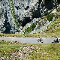 Frankrijk, Tourmalet, 15-07-2015.<br /> Wielrennen, Tour de France.<br /> Etappe van Pau naar Cauterets- Vallee de Saint-Savin<br /> Rafal Majka in de afdaling op weg naar de overwinning.<br /> Foto: Klaas Jan van der Weij