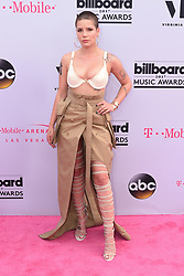 Singer Halsey at 2017 Billboard Music Awards held at T-Mobile Arena on May 21, 2017 in Las Vegas, NV, USA (Photo by Jason Ogulnik) *** Please Use Credit from Credit Field ***