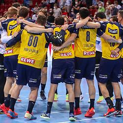 Handball, 35. Spieltag: Bergischer HC vs Rhein Neckar Loewen am 16.06.2021 im ISS Dome Düsseldorf<br /> <br /> Kollektiver Jubel über den Sieg bei der Mannschaft der Rhein Neckar Loewen, u.a. mit Jannik Kohlbacher (Rhein Neckar Loewen 80) , Romain Lagarde (Rhein Neckar Loewen 8) , Andy Schmid (Rhein Neckar Loewen 2) , Uwe Gensheimer (Rhein Neckar Loewen 3)  im Spiel der Handballliga, Bergischer HC - Rhein Neckar Loewen.<br /> <br /> Foto © PIX-Sportfotos *** Foto ist honorarpflichtig! *** Auf Anfrage in hoeherer Qualitaet/Aufloesung. Belegexemplar erbeten. Veroeffentlichung ausschliesslich fuer journalistisch-publizistische Zwecke. For editorial use only.