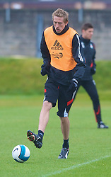 LIVERPOOL, ENGLAND - Thursday, March 20, 2008: Liverpool's Peter Crouch training at Melwood ahead of the Premiership clash with Manchester United on Easter Sunday. (Photo by David Rawcliffe/Propaganda)