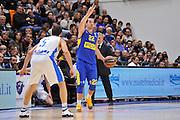 DESCRIZIONE : Eurolega Euroleague 2015/16 Group D Dinamo Banco di Sardegna Sassari - Maccabi Fox Tel Aviv<br /> GIOCATORE : Taylor Rochestie<br /> CATEGORIA : Palleggio Mani<br /> SQUADRA : Maccabi FOX Tel Aviv<br /> EVENTO : Eurolega Euroleague 2015/2016<br /> GARA : Dinamo Banco di Sardegna Sassari - Maccabi Fox Tel Aviv<br /> DATA : 03/12/2015<br /> SPORT : Pallacanestro <br /> AUTORE : Agenzia Ciamillo-Castoria/C.Atzori
