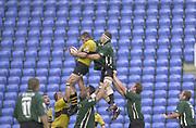 Photo Peter Spurrier<br /> 29/09/02   ZURICH PREMIERSHIP RUGBY<br /> London Irish vs Wasps Madejski Stadium, Reading Berkshire, [Mandatory Credit: Peter Spurrier/Intersport Images]