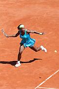 Roland Garros. Paris, France. 24 Mai 2010..La joueuse americaine Serena WILLIAMS contre Stefanie VOEGELE...Roland Garros. Paris, France. May 24th 2010..American player Serena WILLIAMS against Stefanie VOEGELE...