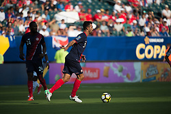 July 19, 2017 - Philadelphia, Pennsylvania, U.S - Costa Rica defender GIANCARLO GONZçLEZ (3) controls the ball during CONCACAF Gold Cup 2017 action at Lincoln Financial Field in Philadelphia, PA.  Costa Rica defeats Panama 1 to 0. (Credit Image: © Mark Smith via ZUMA Wire)