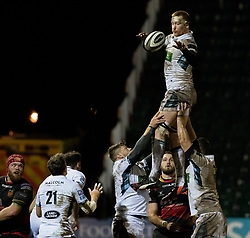 Glasgow Warriors' Rob Harley claims the lineout<br /> <br /> Photographer Simon King/Replay Images<br /> <br /> Guinness PRO14 Round 14 - Dragons v Glasgow Warriors - Friday 9th February 2018 - Rodney Parade - Newport<br /> <br /> World Copyright © Replay Images . All rights reserved. info@replayimages.co.uk - http://replayimages.co.uk