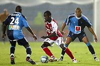 Fotball<br /> Frankrike 2004/05<br /> 2. divisjon<br /> Le Havre v Reims<br /> 28. august 2004<br /> Foto: Digitalsport<br /> NORWAY ONLY<br /> AMARA DIANE (REI) / LASSANA DIARRA / SAMUEL NEVA (HAV)