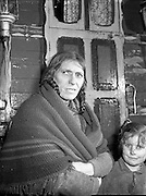 28/01/1957<br /> 01/28/1957<br /> 28 January 1957<br /> <br /> Ballinasloe Tinker Housing Story - Special for Sunday Express<br /> Mrs Bridget Stokes, a tinker on the Bog Rd, Ballinasloe, Co. Galway