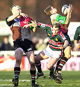 Twickenham, Surrey, UK., 19.01.2002, Quin's Nick Duncombe,  collect's the high ball, during the, Harlequins vs Leicester Tigers, Powergen National Cup Rugby match, played at the, Stoop Memorial Ground, [Mandatory Credit: Peter Spurrier/Intersport Images],