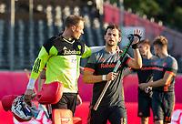 ANTWERPEN -  keeper Pirmin Blaak (Ned)  met Sander Baart (Ned) na  halve finale  mannen, Nederland-Spanje (3-4) ,  bij het Europees kampioenschap hockey.  COPYRIGHT KOEN SUYK