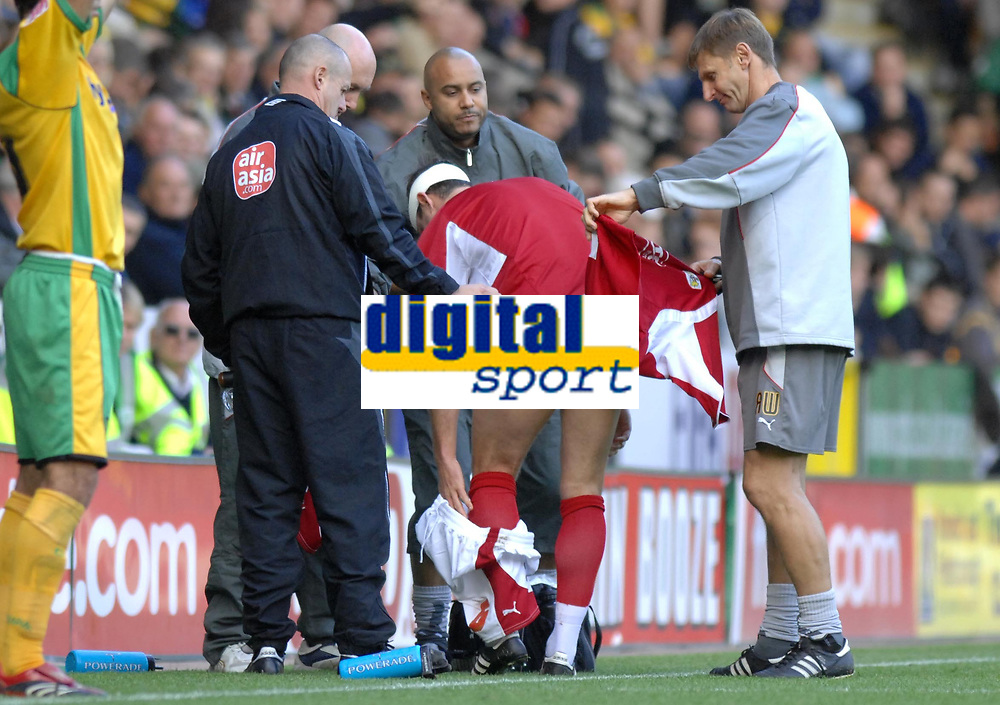 Photo: Ashley Pickering.<br /> Norwich City v Bristol City. Coca Cola Championship. 20/10/2007.<br /> Louis Carey of Bristol changes his shirt and shorts after receiving a knock to the head in the first half