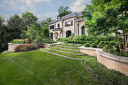 1107 Ingleside in Virginia Landscaping by Surrounds VA 2-174-311