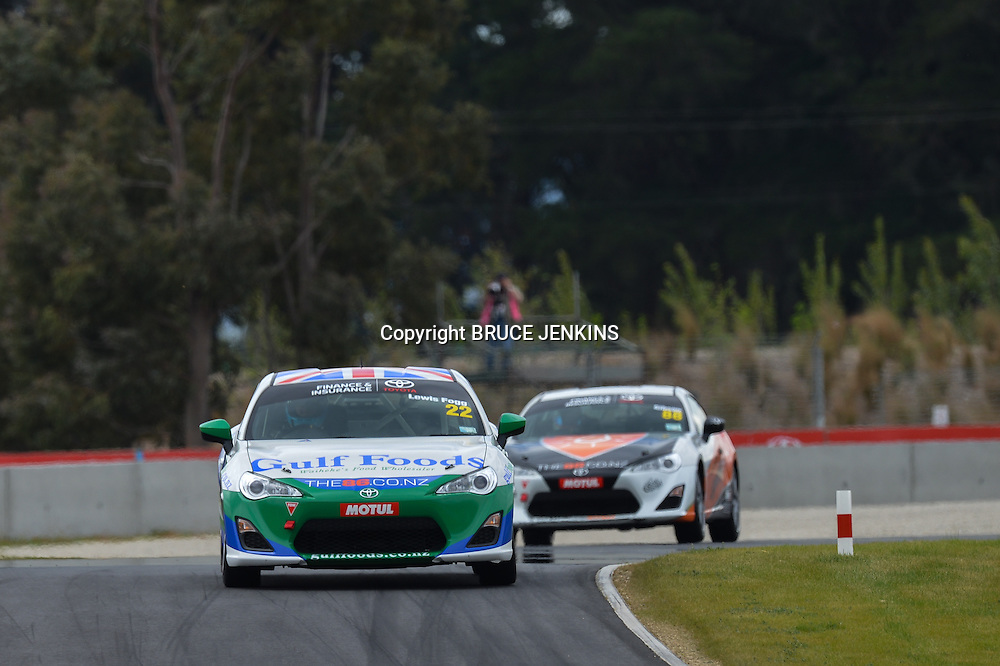 Highlands Park 101 Race Meeting November 2013. TR 86 and Australian GT cars TR 86 Round One at Highlands Motorsport Park, Cromwell