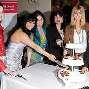 NLD/Haarzuilens/20120425 - Opening tentoonstelling Bruidjes van de Haar, Kristel Hoekstra - Reijnhout, linda Wagenmaker, belinda Meuldijk, Laura Fygi, Daphne Deckers, en Mariska Bauer - Rosenberg
