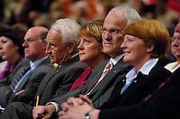 09 APR 2005 OBERHAUSEN/GERMANY:<br /> Edmund Stoiber, CSU, Ministerpraesident Bayern, Angela Merkel, CDU Bundesvorsitzende, Juergen Ruettgers, CDU, Landesvorsitzender und Spitzenkandidat der CDU NRW, und seine Ehefrau Angelika Ruettgers, (v.L.n.R.), Wahlkampfauftaktveranstaltung zur Landtagswahl in Nordrhein-Westfalen, Koenig-Pilsener-Arena<br /> IMAGE: 20050409-01-027<br /> KEYWORDS: Jürgen Rüttgers