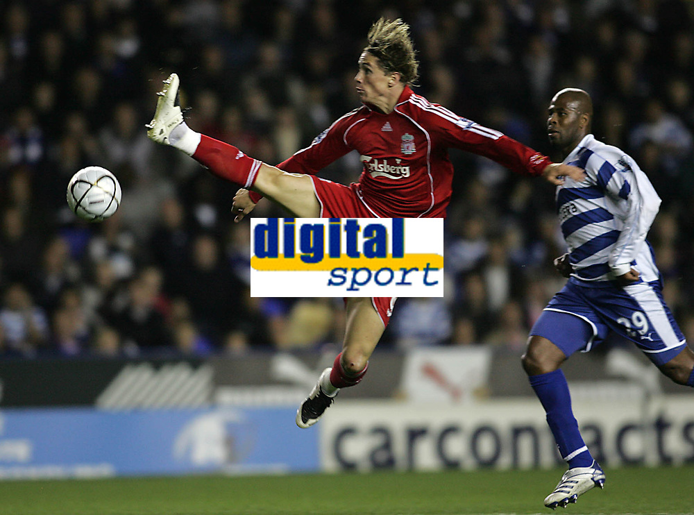 Photo: Lee Earle.<br /> Reading v Liverpool. Carling Cup. 25/09/2007. Reading's Michael Duberry (R) watches Fernando Torres in action.